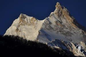 trekking dookoła manaslu przełęcz larka