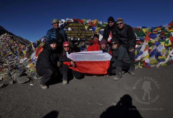 thorong la pass grup trekking team