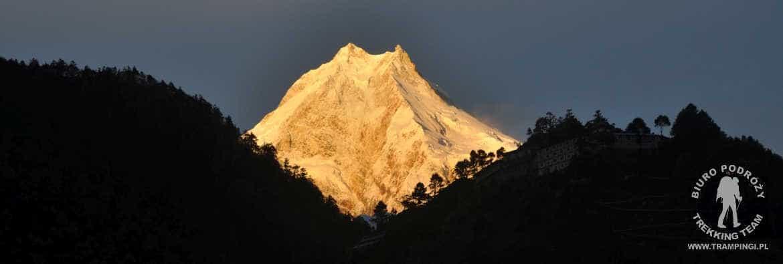 Nepal: Trekking dookoła Manaslu