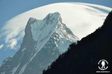 """Rybi ogon"" - święta góra Nepalu - Machhapuchhre 6993m"
