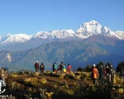 widok-punkt-widokowy-w-nepalu-poon-hill
