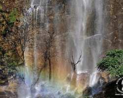 wodospad-nepal-himalaje-treking