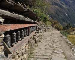młynki-modlitewne-himalaje-nepal