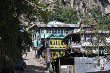 Dharapani na połączeniu szlaków Manaslu i Annapurny