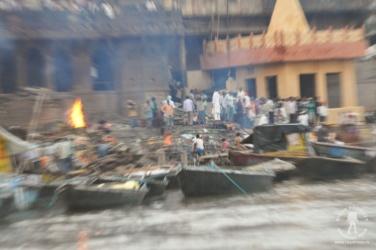 ghat Manikarnika w  Varanasi