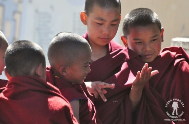 młodzi mnisi w klasztorze Kopan, Kathmandu