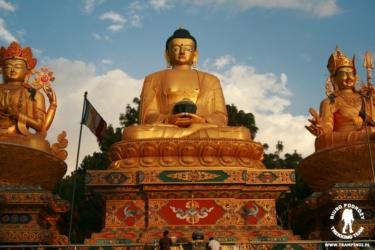 Park Buddha w Kathmandu, Nepal